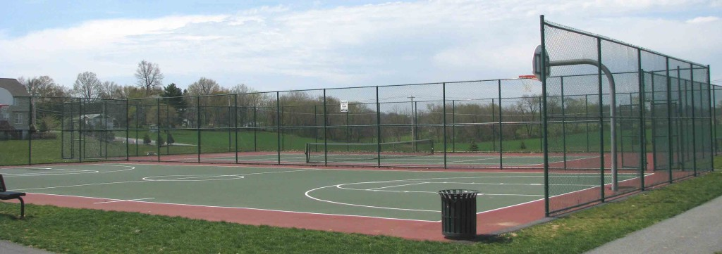 lakes_tennis_-_basketball_courts
